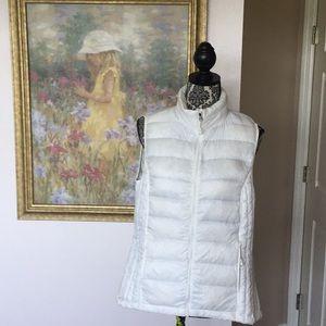 Women's 32 Degree White Ultra Light Down Vest (L)